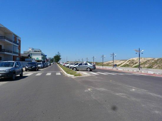 Praia de Torres (Torres Beach): costanera de torres