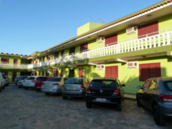 Praia de Torres (Torres Beach): hotel caminho do mar