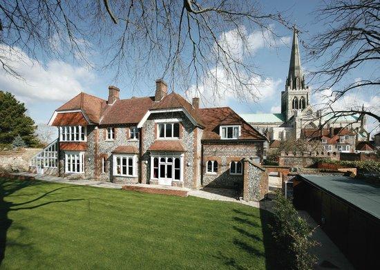 George Bell House / 4 Canon Lane: Garden