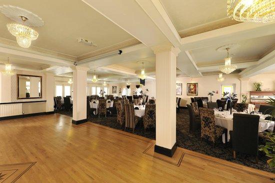 Clifton Park Hotel: Ballroom & Restaurant
