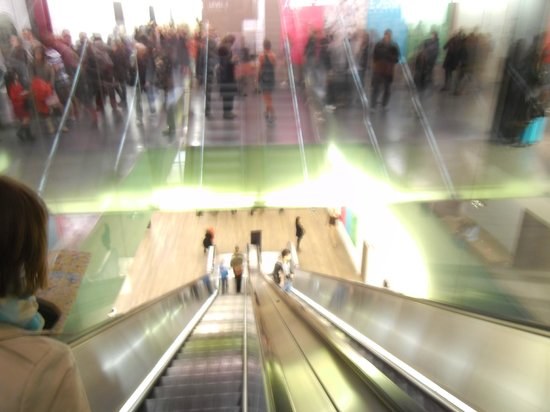 Tate Modern : The Escalators.