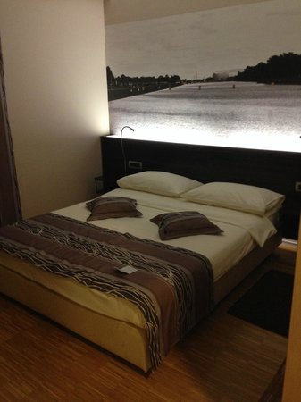 Hotel Jarun: Room