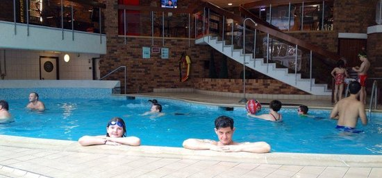 Newcastle Marriott Hotel Gosforth Park: wonderful warm pool