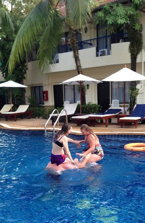 Horizon Patong Beach Resort & Spa: K