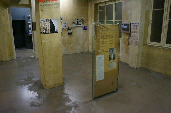 National Socialism Documentation Center : Ausstellungsräume im Obergeschoss