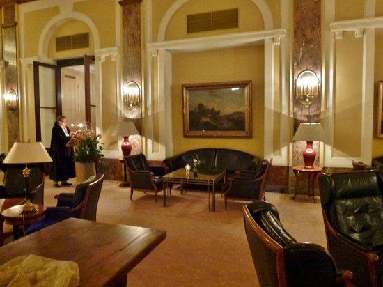 Hotel Atlantic Kempinski Hamburg: Hotelhalle