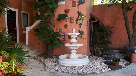 Hotel Casa de las Flores Playa del Carmen: angolo fresco