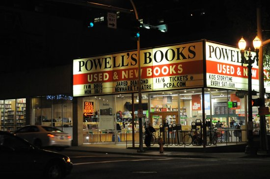 Powell's City of Books: Powells - Can't Miss It