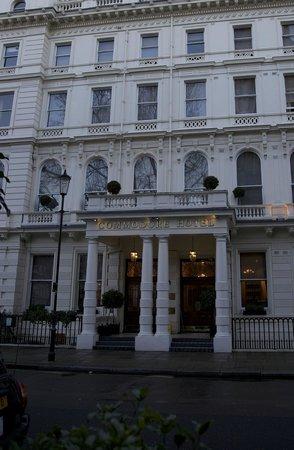 Commodore Hotel : Hotelfassade Februar 2014