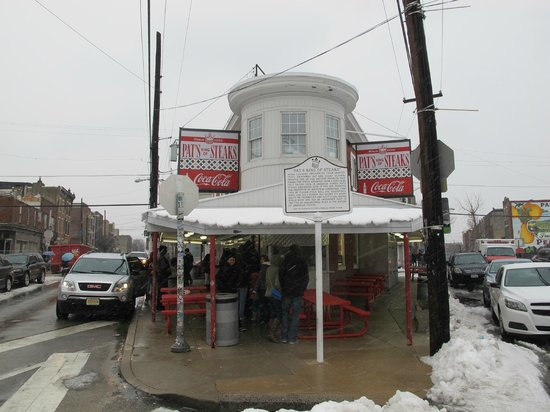 Pat's King of Steaks : On a Winters day
