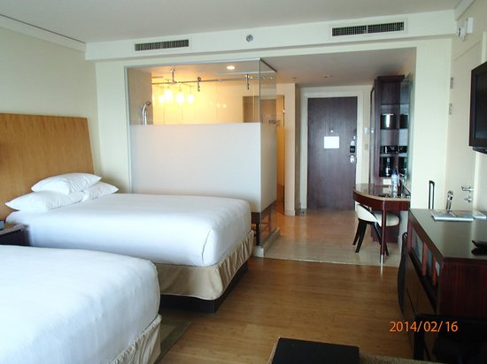 Hyatt Regency Trinidad: Spacious and clean room