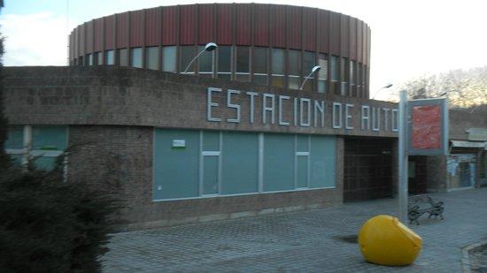 Hotel Puerta de la Santa: Автобусная станция