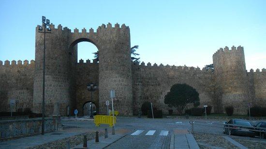 The Walls of Avila : Центральные ворота