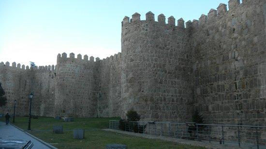 The Walls of Avila : Крестная стена