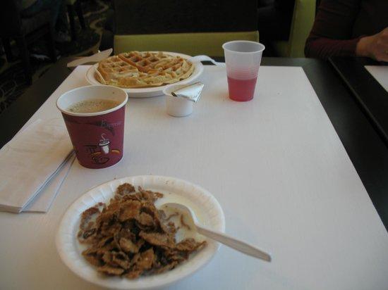 La Quinta Inn & Suites Springfield : Breakfast