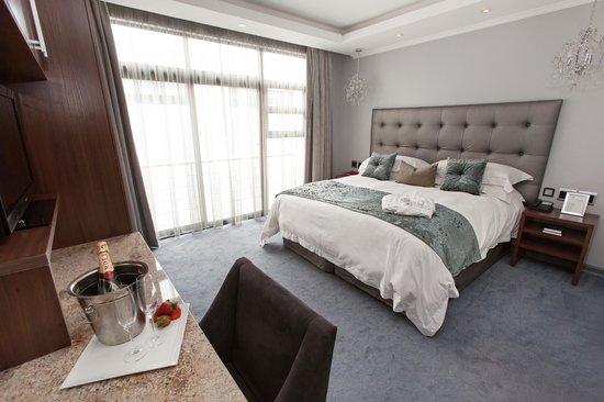 Blue Diamond Boutique Hotel: Luxury Room Bedroom