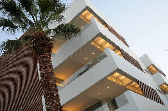 Brasil Suites Hotel Apartments: Hotel exterior