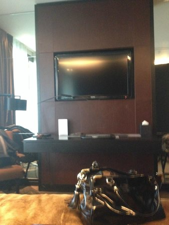 Crowne Plaza London - Battersea: Our very big television!
