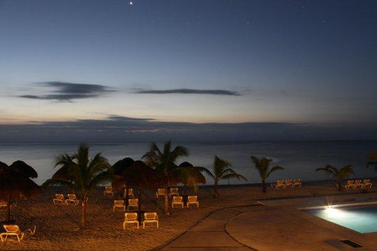 PavoReal Beach Resort Tulum: lever de soleil