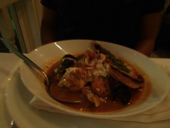 Chaud : Fish soup - very disappointing