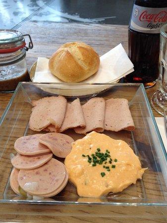 Biker's Lodge in der BMW Welt: I think in English it was the sausage Bento box