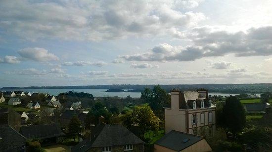 Hotel les Agapanthes : vue du balcon