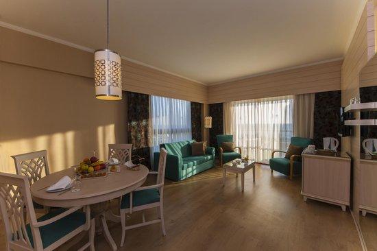 Kaya Belek Hotel: suite room