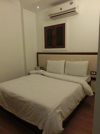 Pals Inn: ベッド周りは特に綺麗