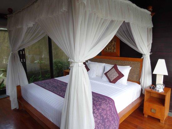 The Sanyas Suite Seminyak: The Bedroom