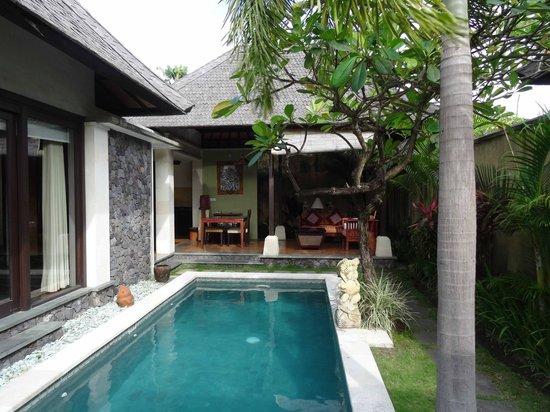 The Sanyas Suite Seminyak: Pool