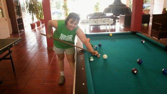 Hostel Inn Iguazu: Una partidita de pool