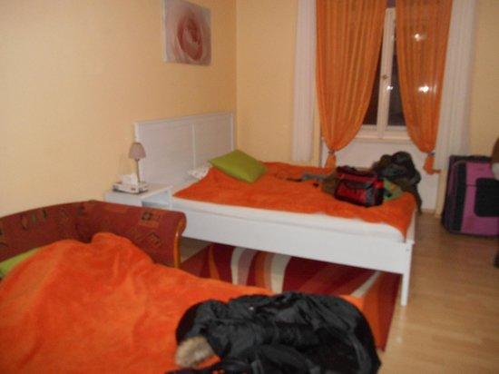 I'M Hostels and Apartments : Habitación
