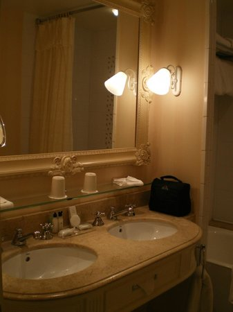 Disneyland Hotel : salle de bains