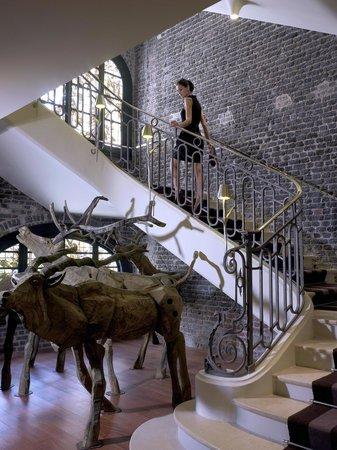 เลอรอยัลมอนซูโฮเต็ลราฟเฟิ่ลส์พารีส: Le Royal Monceau Raffles Paris - Staircase