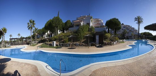 Precise Resort El Rompido - The Hotel: Panorámica exterior de la zona de apartamentos