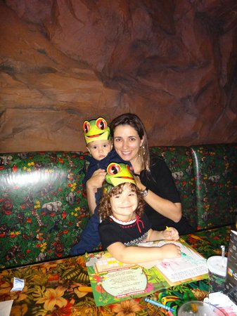 Rainforest Cafe - Disney Animal Kingdom : Mesa