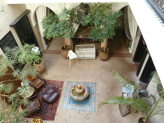 Riad Saba : Atrium nedanför rummet