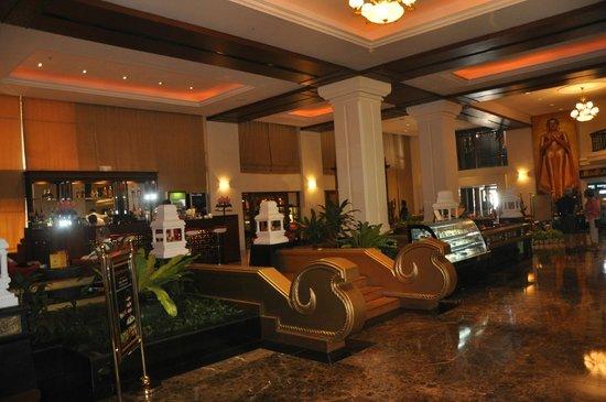 Lobby of the Kandawgyi Palace Hotel