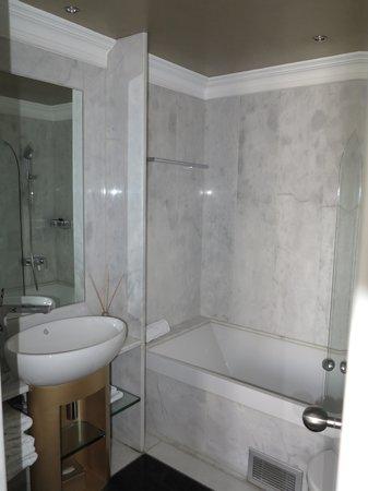 The Excelsior: Salle de bains