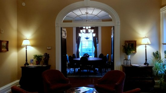 Hampton Inn Lexington - Historic District: Dining Room