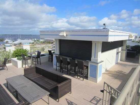 The Wyvern Hotel Punta Gorda Rooftop Bar With An Incredible View