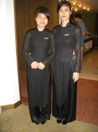 Pan Pacific Hanoi: Charming hostesses Hoa-right- and Huong-left