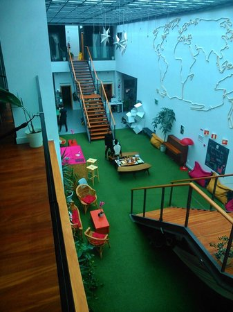 Lisbon Destination Hostel : Hall