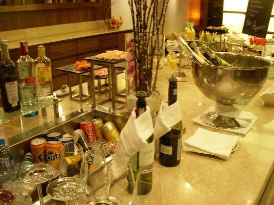 Pan Pacific Hanoi : buffet snacks