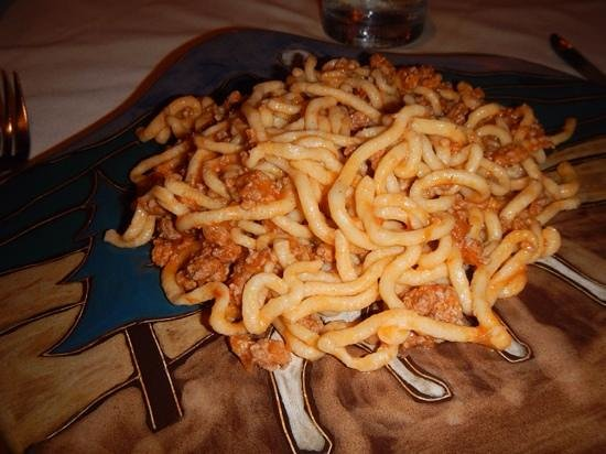 Casa Mediterranea: spaghetti with meat sauce