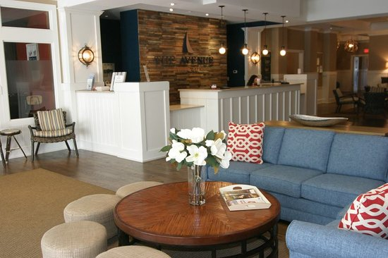 Avenue Inn & Spa: Our recently renovated lobby