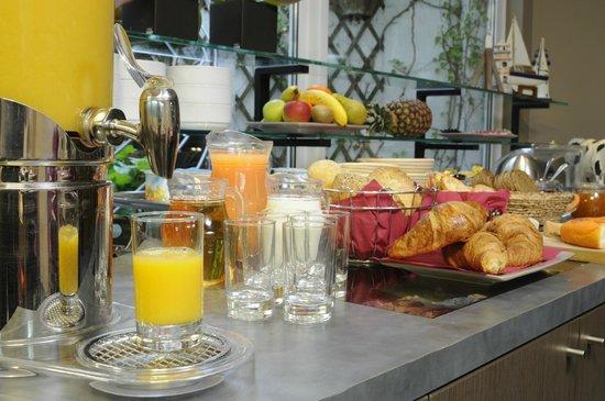 Hotel Adagio: Een copieus ontbijtbuffet