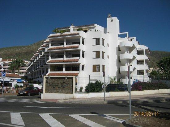 Paloma Beach Apartments: Infart hotell