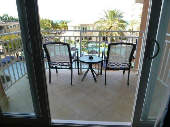 Divi Aruba Phoenix Beach Resort: Balcony