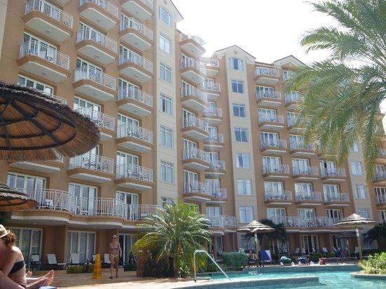 Divi Aruba Phoenix Beach Resort: Towers from the pool